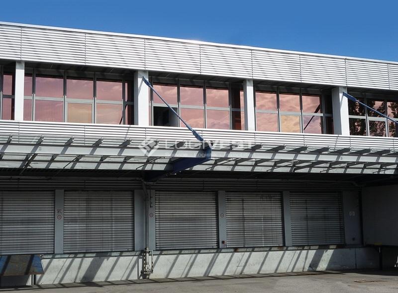 Vorschaubild Musterbild Innenansicht Lagerhalle