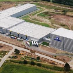 Mobile Vorschaubild 140909 - Schumacher Packaging_1. Bauabschnitt_Luftbild Ansicht Süd.jpg